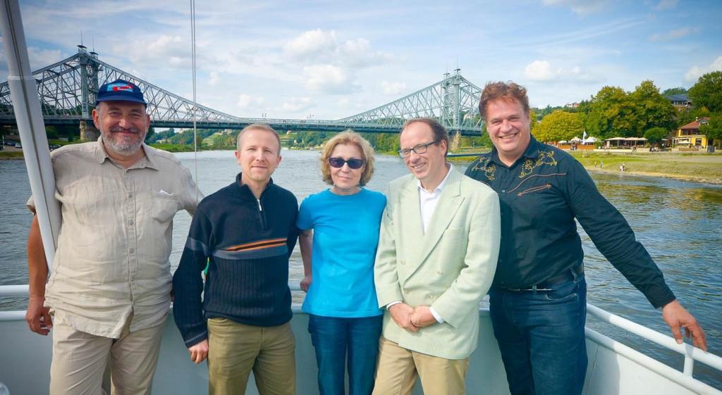 Wahlkampfabschluss auf der Elbe mit der späteren MdL Karin Wilke und dem späteren Stadtratsfraktionschef Bernd Lommel