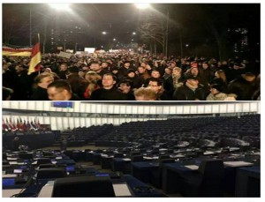 Pegida und EU-Parlament. Quelle: https://www.facebook.com/afdberlin?pnref=lhc
