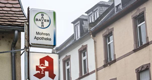 Mohren-Apotheke. Quelle: http://static3.fnp.de/storage/image/8/0/8/8/2098808_cms2image-fixed-605x320_1qrDUn_PxiPSE.jpg