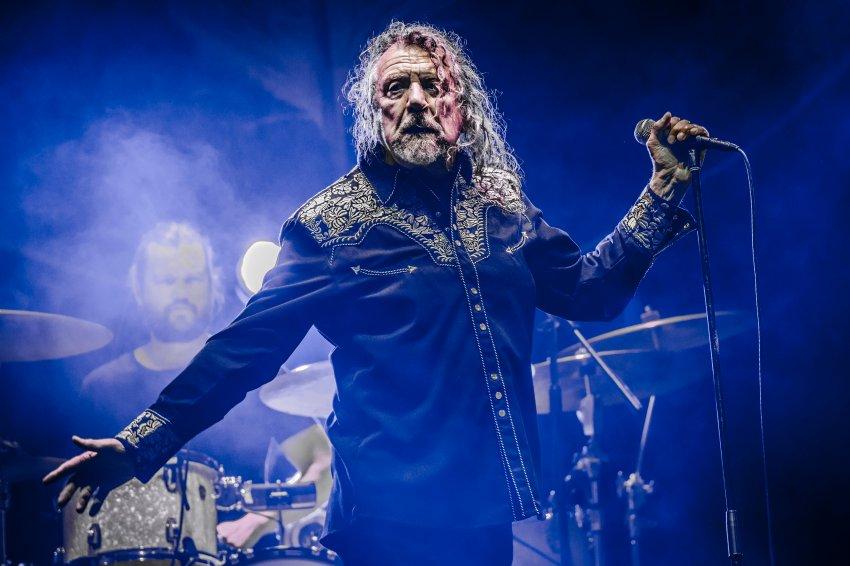 """Löwe"" Robert Plant. Quelle: http://cdn4.spiegel.de/images/image-1200897-galleryV9-qmvc-1200897.jpg"