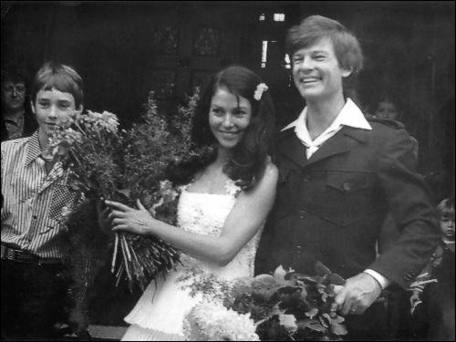 Hochzeit mit Renate Blume. Quelle: http://nd06.jxs.cz/222/914/411454e333_103050068_o2.jpg
