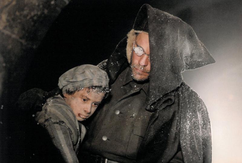 Malkovich als Unhold. Quelle: http://www.volkerschloendorff.com/uploads/pics/der-unhold-1996-02.jpg