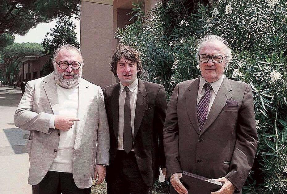 Sergio Leone mit Robert De Niro und Federico Fellini. Quelle: https://i.pinimg.com/originals/36/16/07/361607f580b0ae7429bc9b001e99899f.jpg