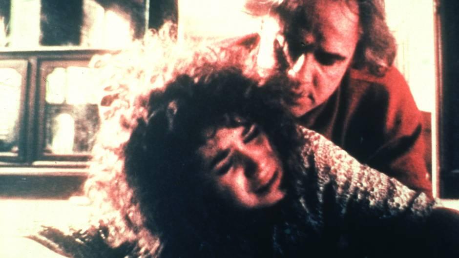 Brando und Schneider. Quelle: https://image.stern.de/7227974/16x9-940-529/92f3e5b41dbda1e76e8e1f7d0f3db44/wX/der-letzte-tango-in-paris.jpg